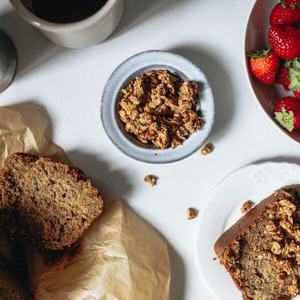 granola-banana-bread-1
